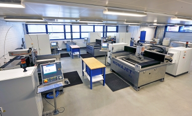 Microwaterjet in Aarwangen liefert Spezialteile aus verschiedenen Werkstoffen wie Stahl im Mikrobereich